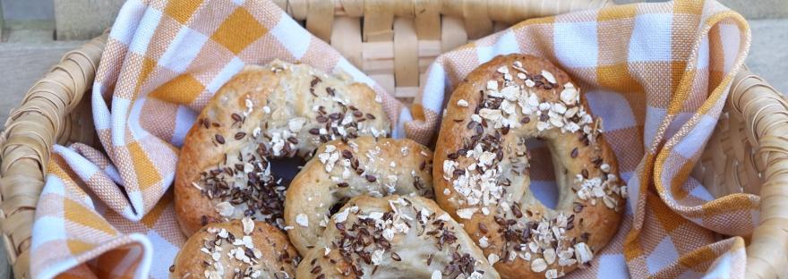 Vegan selfmade Bagels